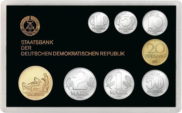 1 Pf-2 Mk (7 Werte) DDR Kursmünzensatz inkl. Gedenkprägung Gelehrte 1985 Stempelglanz